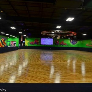 Starlite, sharpsburg, peachtree city, newnan, adult, roller skating, parties, arcade, laser tag, playground, birthday